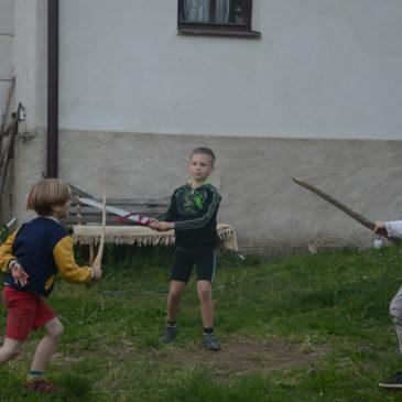 víkendové skupiny s koňmi pro děti v Dožicích – zima a jaro 2021